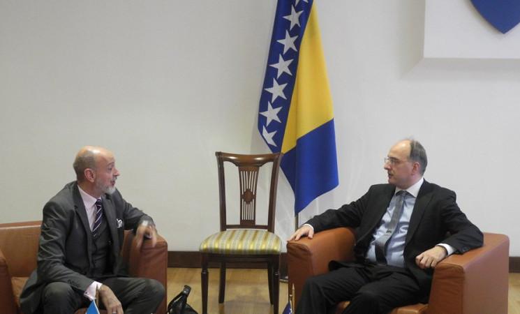 Arnaut razgovarao s ambasadorom Republike Argentine za BiH