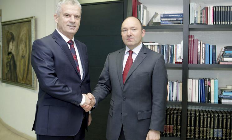 Radončić i ambasador Austrije razgovarali o akcizama